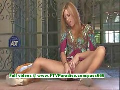 Leslie awesome blonde woman toying pussy with a vibrator and squirting