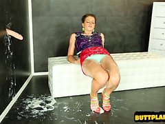 Young model pussy pounding