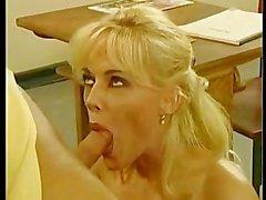 Kelly de Trump Teaches le sexe