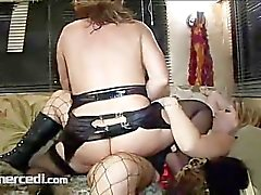 Kelly Leigh Fucks Her Friend Sabrina Blonde