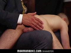 MormonBoyz - Papà spanks Carino Mormon