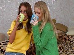 Cayenne Klein & Sophie Lynx kolmikko