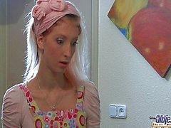 Alte verdrehen fickt geile junges Zimmermädchens