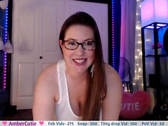 girl adinnahot flashing boobs on live webcam
