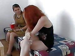 Zuzinka in trio con rossa sexy