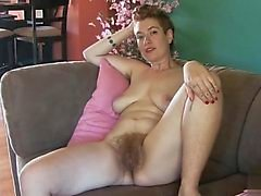 Vollbusig Modells Esel Geschlechts