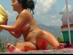 Nude Girls Spycam Beach Voyeur