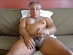 yaşlı adamlar ve ayıları Video 0.005