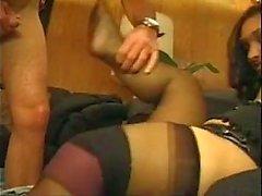 Horny em calor recebe seu bichano martelado