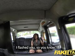 Falso Taxi Lady en ropa interior rosa se creampied