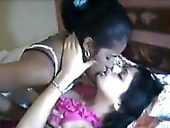Indiana Lesbo Making Love