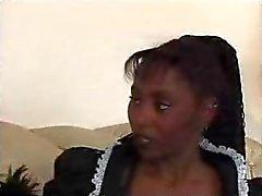 Musta Teen Maid