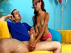 Hot Teen masturba su del hermanastro