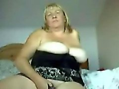 Me 47 yo del y grandes productos naturales on webcam casa
