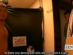 Subtitled Japan hotel hallway glory hole group blowjobs