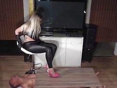 lady latisha extreme heel insertion