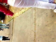 Culito marcando calzon