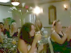 Muscled stripper sucked by CFNM babe at party