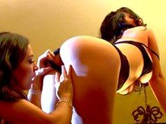 Sexy lesbian pornstar Jayden Jaymes licks her friends pussy