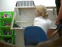Подглядывание Blowjob в офисе