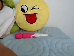 Hottest Amador 19yo adolescente na calcinha rosa bating na Webcam