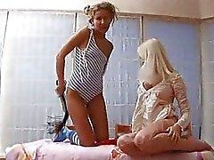 Des jeunes filles succion lucette la masturbation