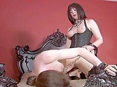 Mistress vittuile hänen bitch Slave