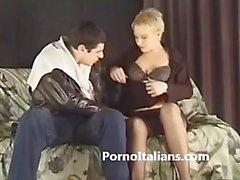 Matura italiana esperta in pompini - Mature Italian expert in blowjobs hots