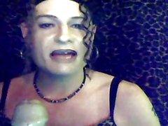 Сесси Maid Sindi Курите & Suck 2