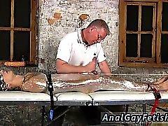 Universitário masculino masturbação bondage gay primeira vez Você sabe th