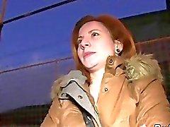 Halkla arabada gece çarptım cek kızıl saçlı