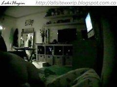 Teen masturbé dans la chambre à coucher (cam cachée - peepholecam 110612)