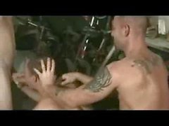 Borstal Boy Guard et Hung Prisoner DP Ashley