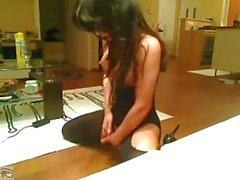 Beautiful babe playing in webcam ni