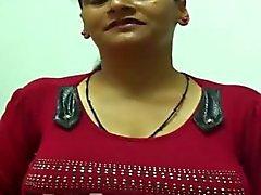 Intian Aunty 1099