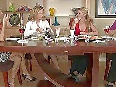 Mellanie Monroe älskar hon kompisar Daughter