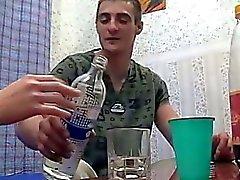 Betrunken Geschwisterpaar Ficks während die Eltern nicht heim