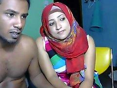Arap hayatım web kameramda etrafta davranmalarını sağlar