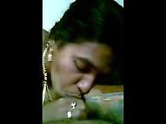istruttore femmina Desi che la sia il Telugu