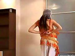 Puta tesão dança árabe barriga