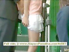 Rio asiatiche teen babe di ottenere la figa pelosa accarezzare l'autobus