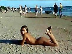 Vika en la playa