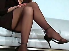 Voluptuous beauty in pantyhose