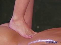 Massage Rooms Horny tight pussy blonde gives orgasmic foot job