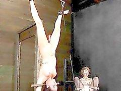 Slaves får straff