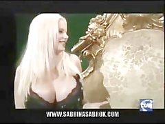 Sabrina Sabrok más grande Tetas del famoso de