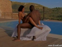 African Ebony MILF Outdoor Lovers