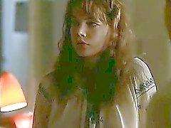 Chloe Севиньи очень коротко имеющий ниппель котор подвергли в качестве