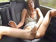 Avia mature car fingers deep toy hard vagina