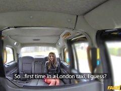 Adorável passageiros protestou pela London motorista
